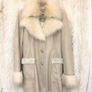 Guess champagne faux fur Autumn coat